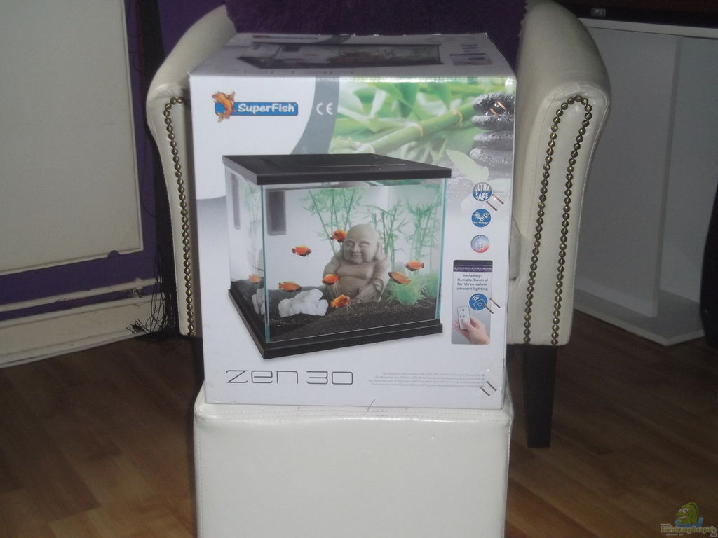 Superfish zen 30 2017 fish tank maintenance for Zen fish tank